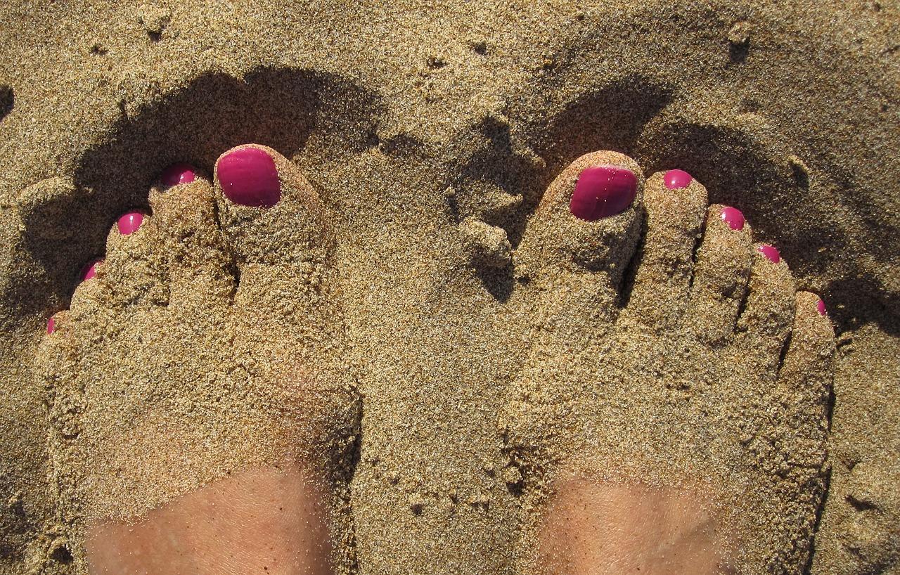 Nail art piedi estate