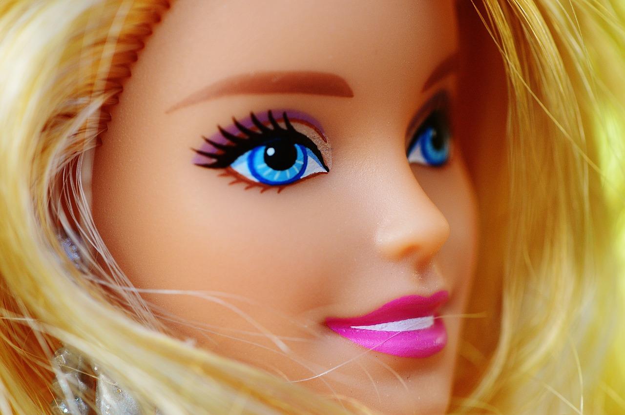 make up bambola