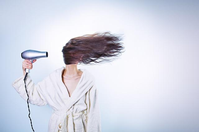 Rimedi naturali capelli crespi