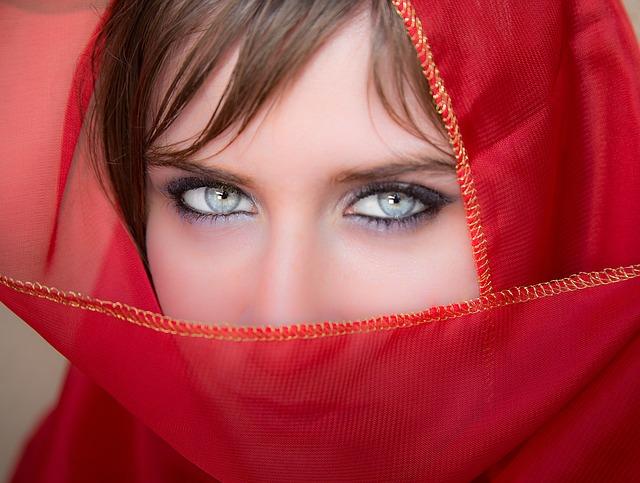 Trucco soft per occhi chiari