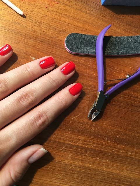 tronchesine per unghie
