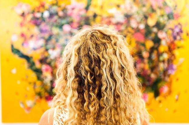pettinature capelli ricci